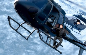 mission-impossible-fallout-helicopter-chase-r8-1400x900