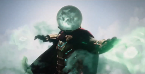 Shot of Jake Gyllenhaal as Mysterio